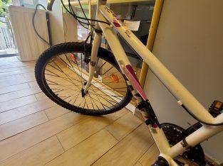 Bicicleta dama B-Twin
